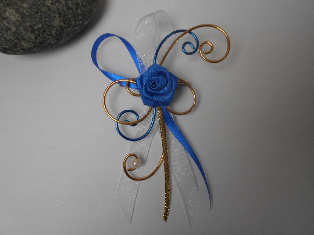 Broche pour mariée - remonte traîne - Bleu roi, doré