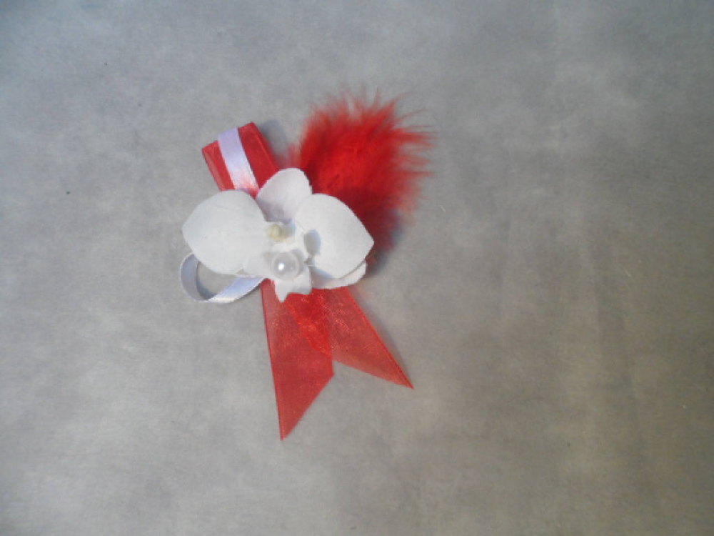 Boutonnière - Broche pour mariage - rouge et blanche avec orchidée
