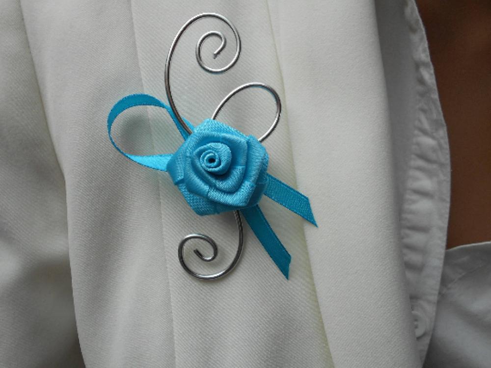 Boutonnière, broche pour mariage turquoise et argenté