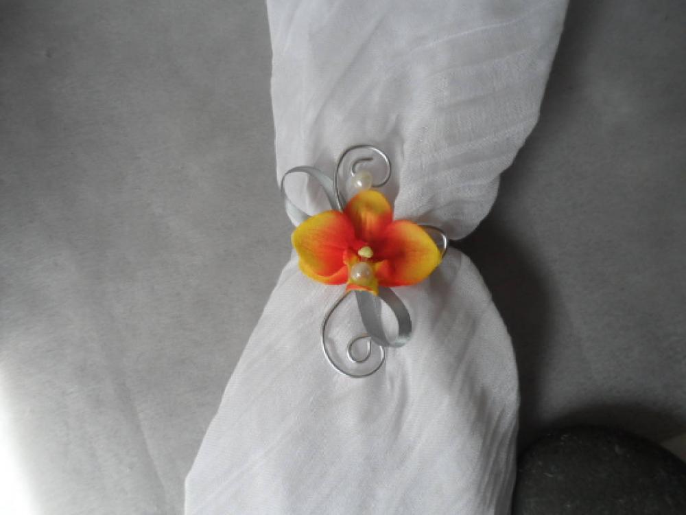 Bracelet fleur pour enfant - orange argent et ivoire avec orchidée