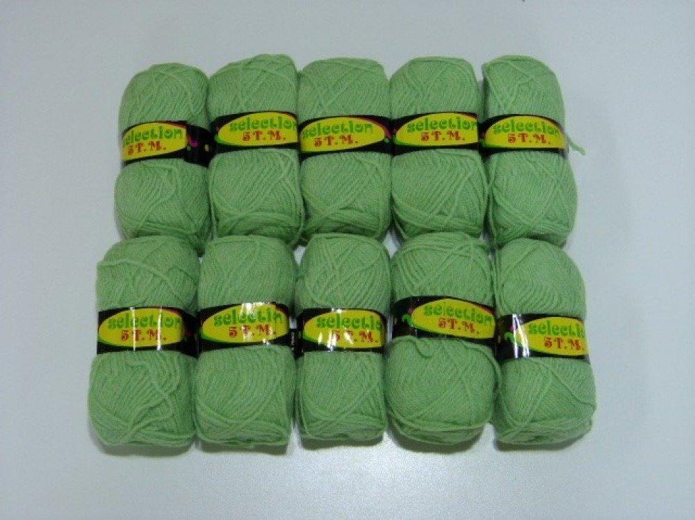 10 pelotes de laine verte sélection 5 T.M.