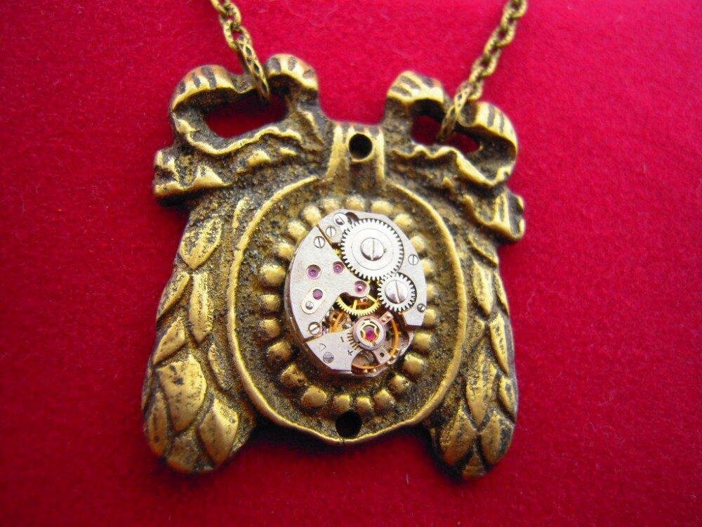 COLLIER STEAMPUNK  mécanisme de montre ,Noeud Louis XVI ,ref : A523