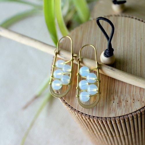 Boucles d'oreille bohème en pierre de lune, laiton, pierre de lune, bijoux perle de gemme, bijoux bohème