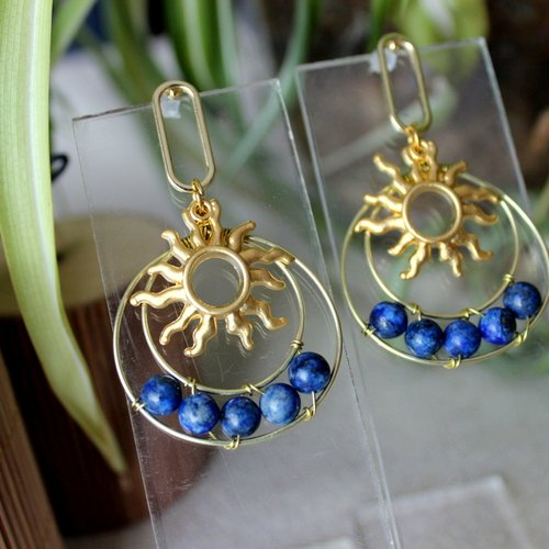 Boucles puces d'oreille bohème en lapis lazuli, soleil, lapis lazuli, bijoux pierre de gemme, boucles spirituel, lithothérapie