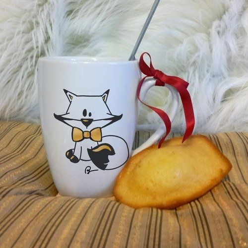 Mug renard polaire en céramique décoré à la main noir et or