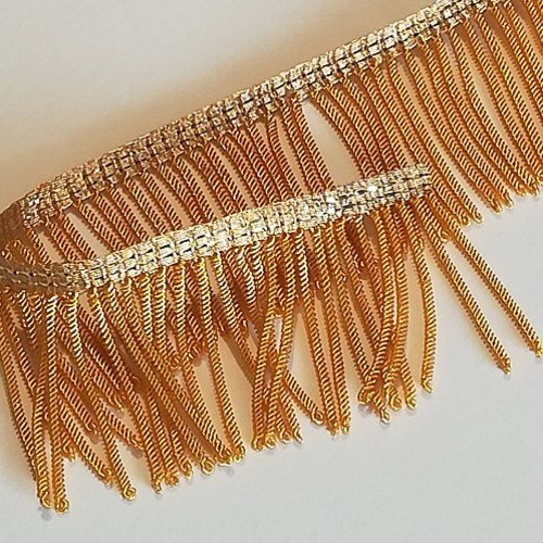 Frange dorée, peinte or, fabrication française de grande qualité, par 10cm.