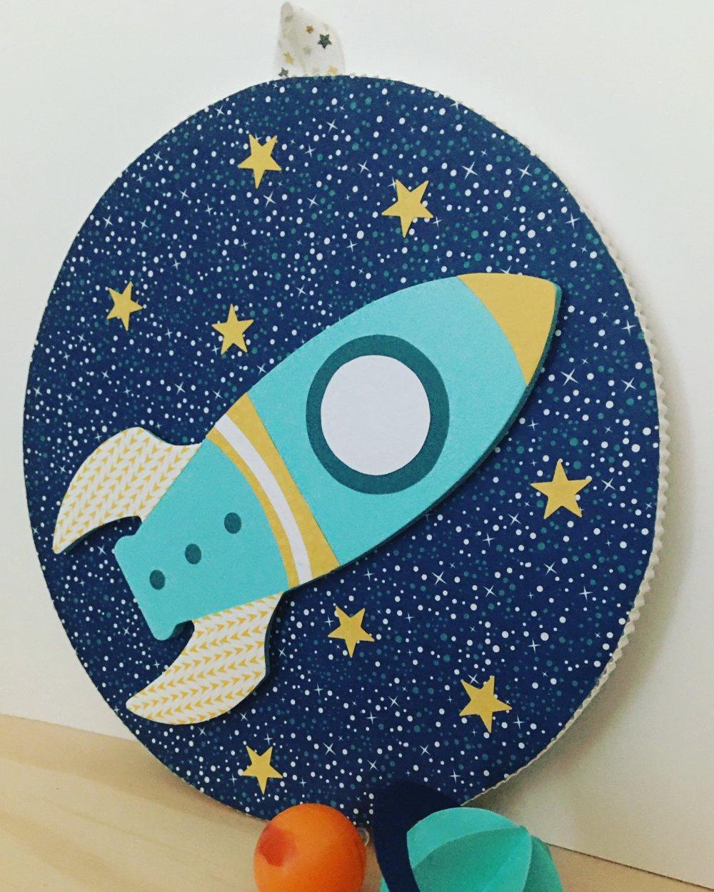 Décoration enfant, fusée, thème espace