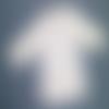 Gilet blanc taille 3 mois à motifs petites fleurs