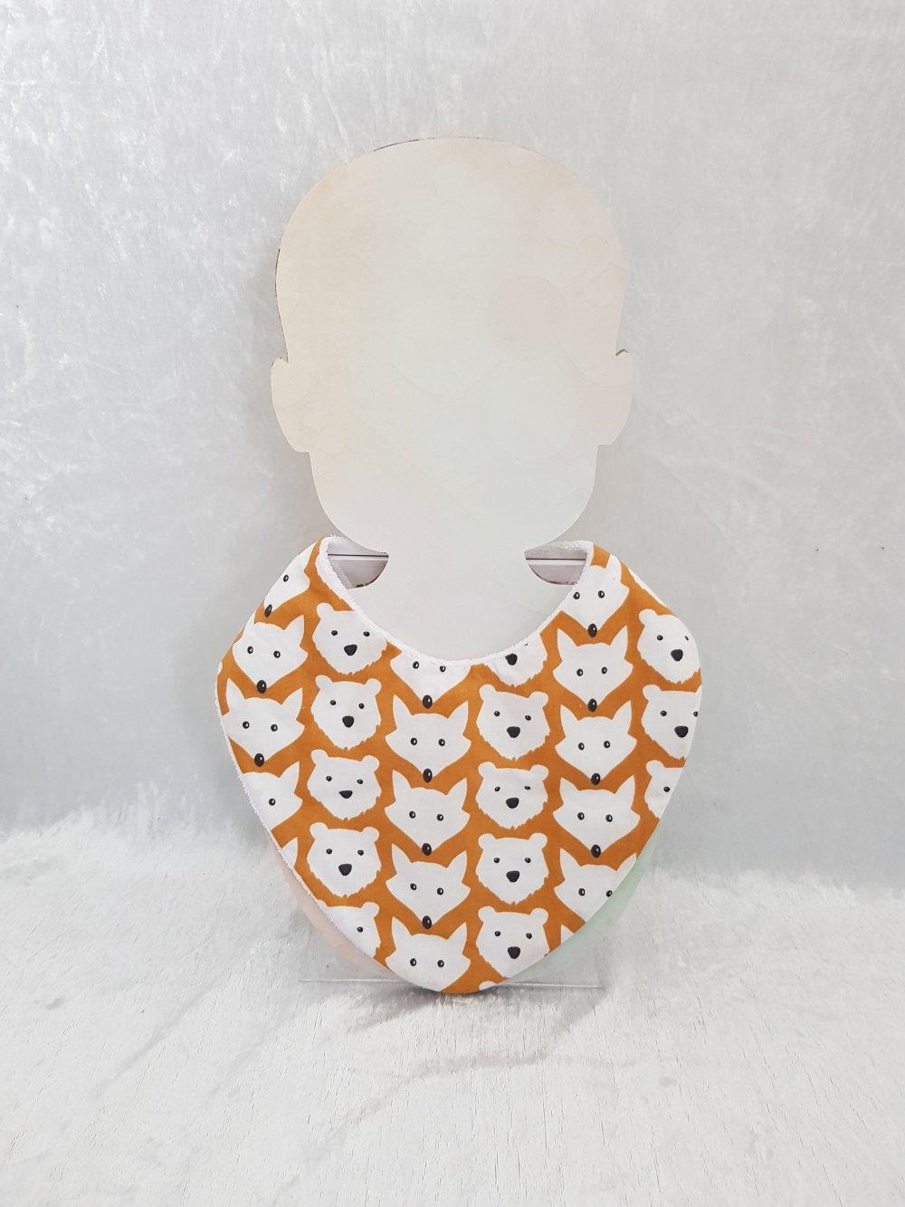Bavoir bandana bébé en tissu