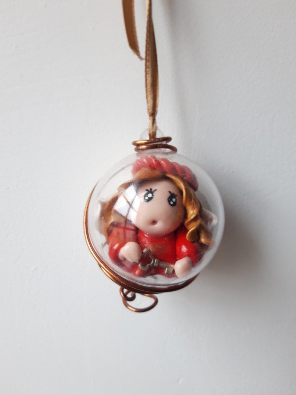 Boule Petite fée de Noël- Alina, la secrète (Diamètre 6cm)