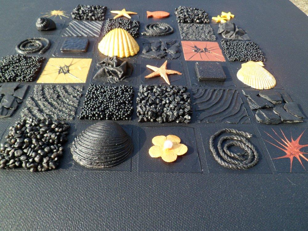 Tableau abstrait peinture noir or doré cuivré relief