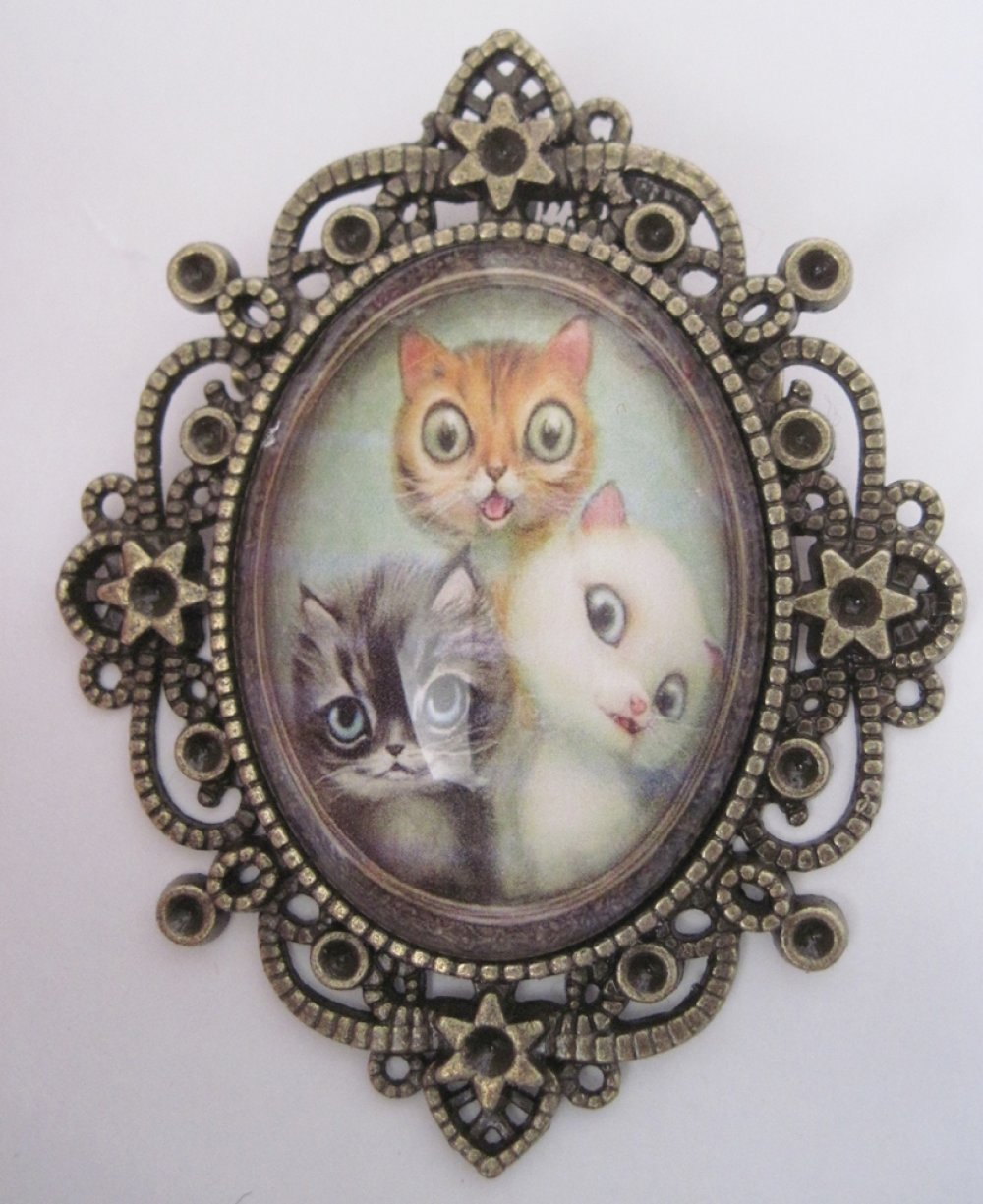 Broche verre 3 chatons chats gothique penny dreadful fantasy cheshire gothic steampunk lacombe illustration kawaii