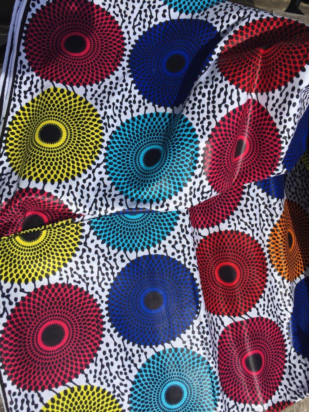 Véritable wax, 100 % coton, couleurs vives, tissu venant du Sénégal