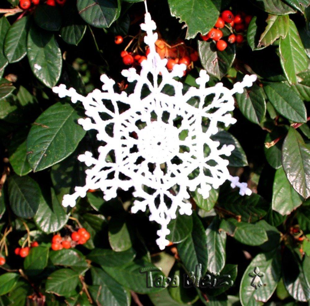 Flocon de neige au crochet - création originale - décoration de Noël - dentelle blanche au crochet - suspension, applique, napperon, couture...