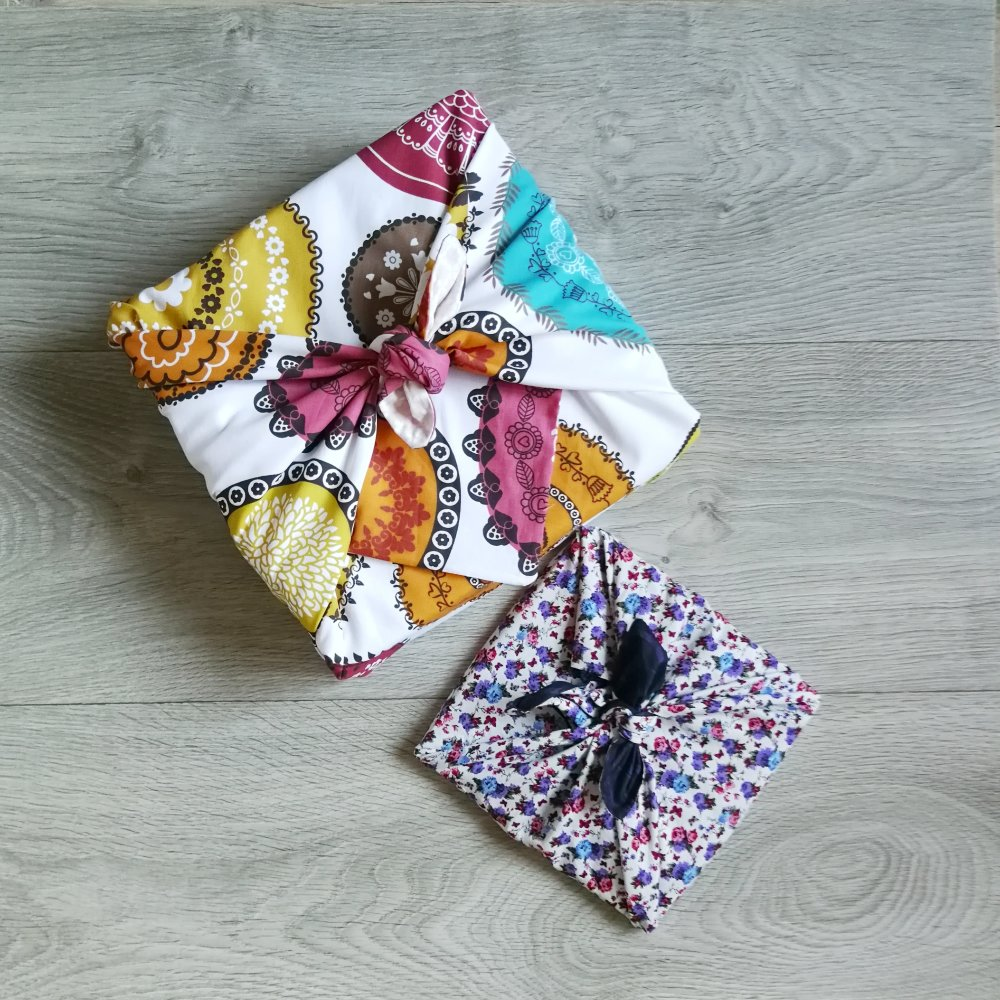 Furoshiki 75x75 cm, PRODUIT A PERSONNALISER, emballage cadeau réutilisable en tissu