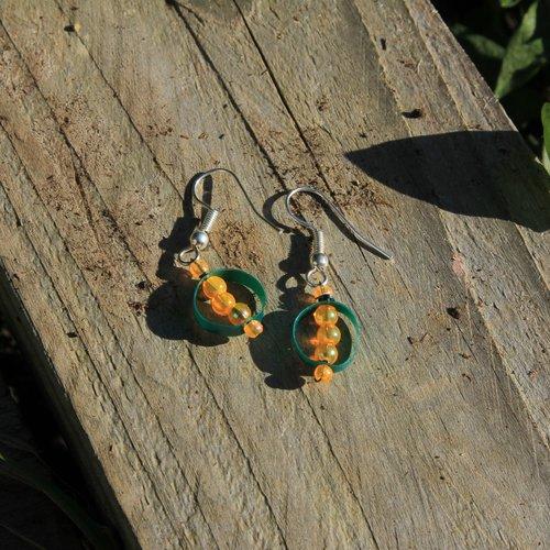 Boucles d'oreilles paille a récup perles orange