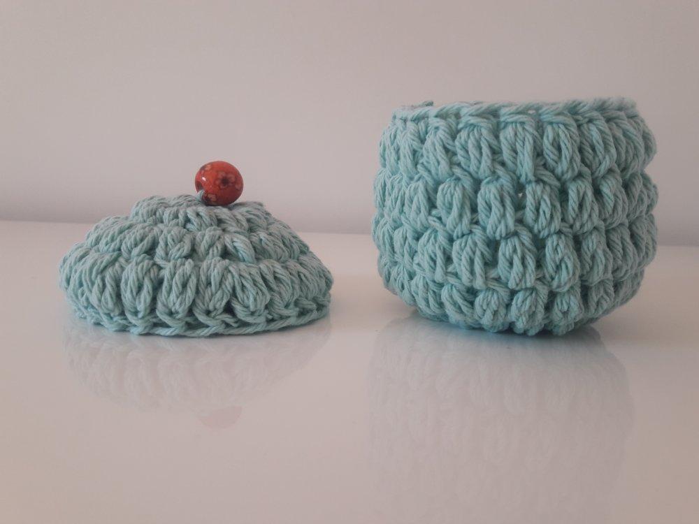 Magnifique boîte décorative, crochet