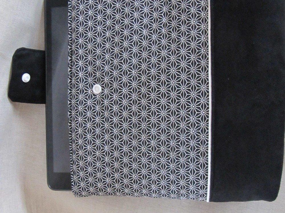 Housse de tablette tactile en suédine et tissu