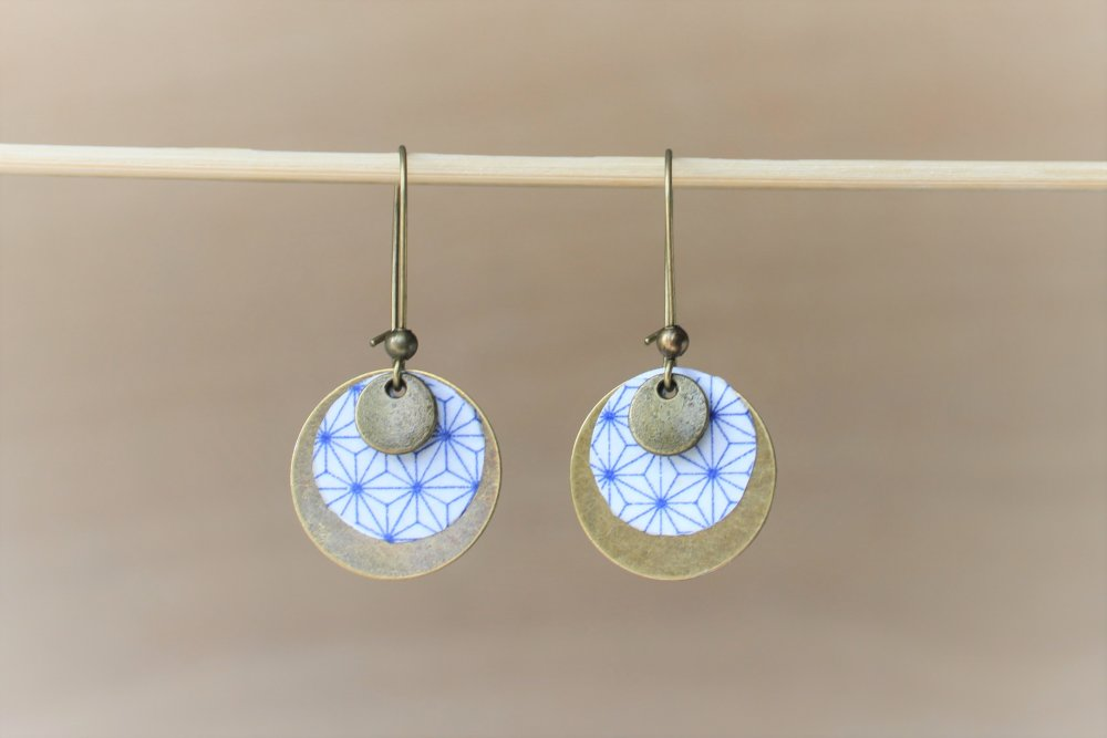 Boucles d'oreilles rondes bronze blanc bleu marine motifs japonais