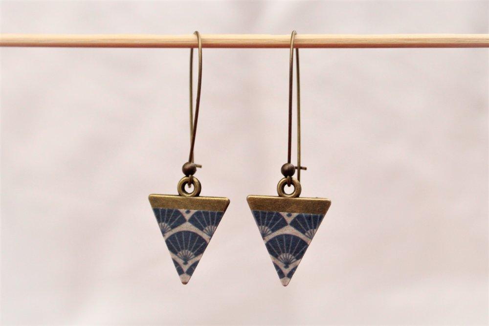 Boucles d'oreilles longues artisanales marine et bronze motifs éventails Modèle Hikari 光 : lumière, clarté