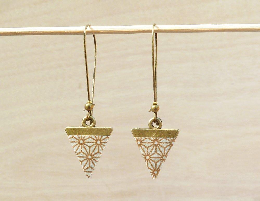 Boucles d'oreilles longues triangles bronze motifs japonais dorés Modèle konpeitō