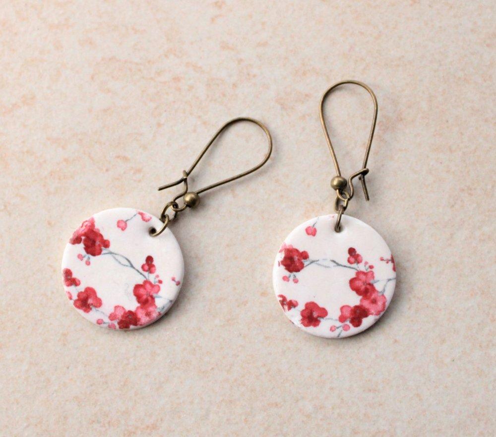 Boucles d'oreilles artisanales porcelaine froide rondes fleurs cerisiers rouge TOKYO