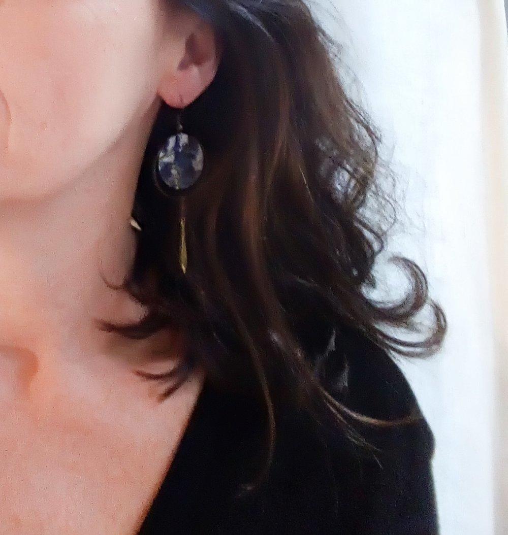 Boucles d'oreilles longues japonaises vert jade celadon et bronze