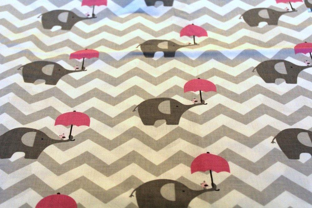 Coupon tissu enfant  50x70 cm éléphants roses