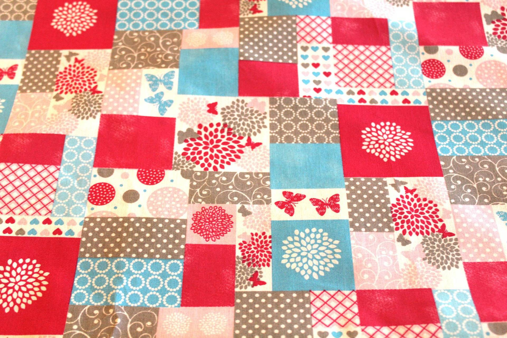 Coupon tissu patchwork papillons 50x70 cm