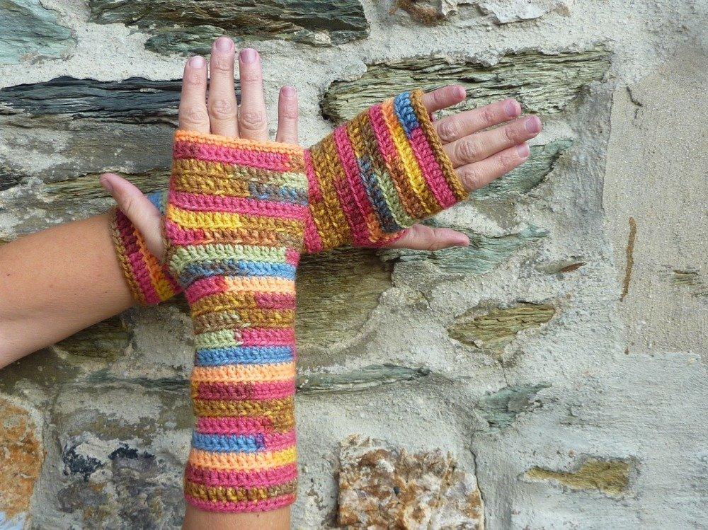 Paire de mitaines Femme Multicolores réalisées au crochet