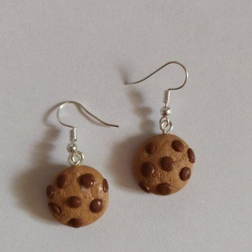 """Boucles d' oreilles """" petits cookies au chocolat"""" en pâte fimo"""