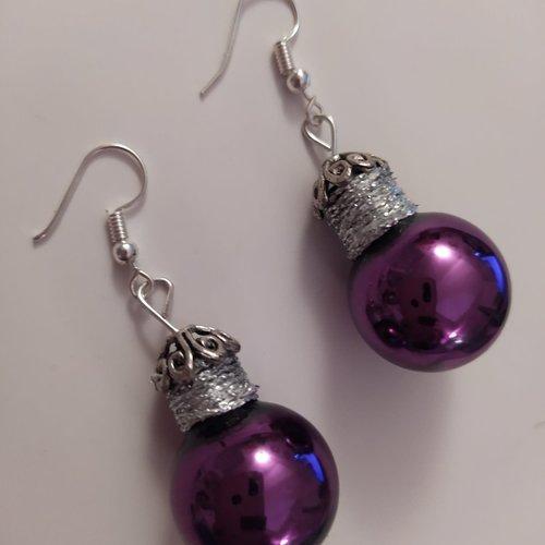 """Boucles d' oreilles """"boules de noël"""" en verre, couleur violette"""