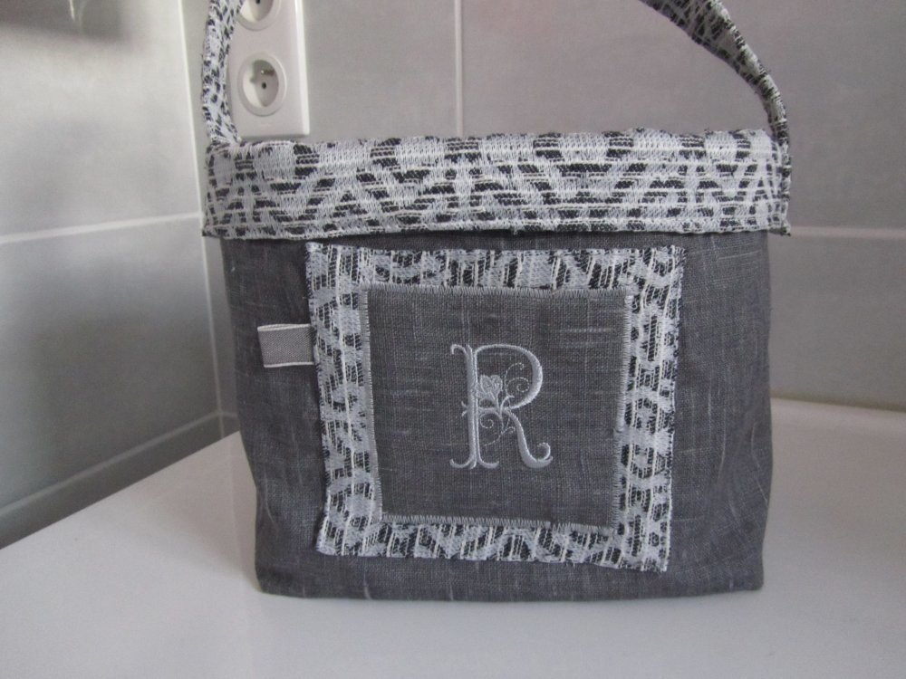 Corbeille rangement en lin gris , monogramme R