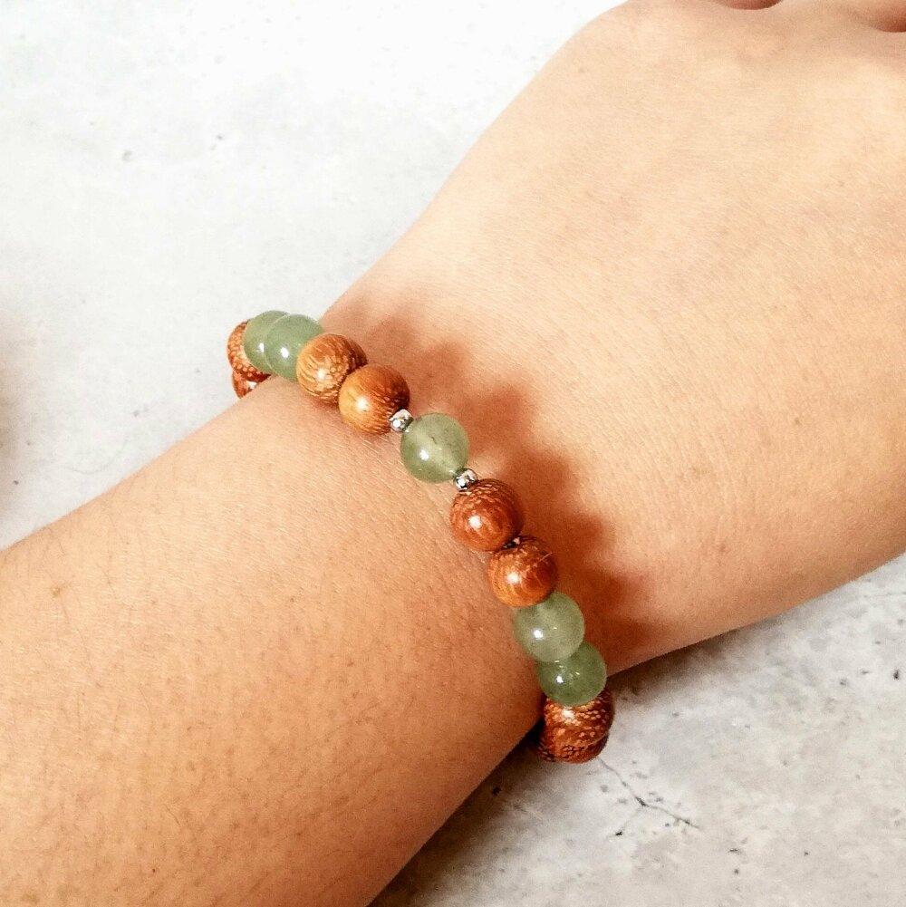Bracelet en bois de Santal et Aventurine verte