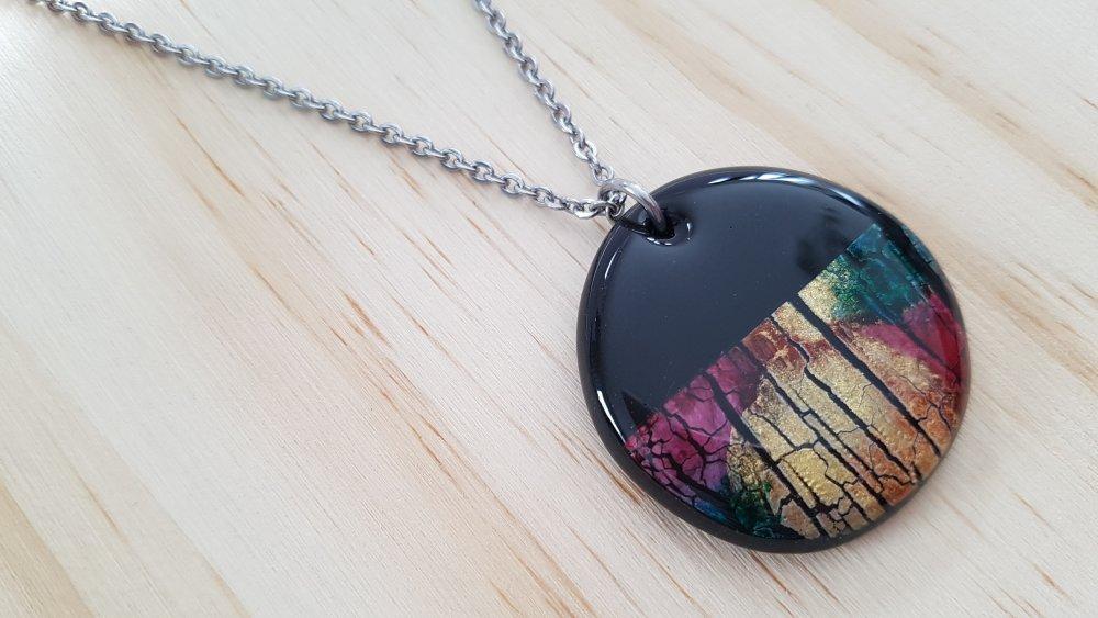 Collier pendentif en argile polymère (fimo) et résine