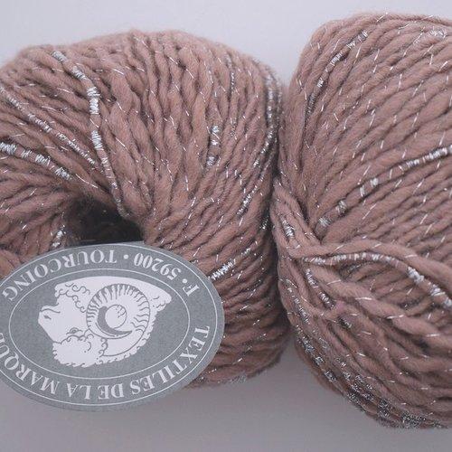 5 pelotes textiles de la marque eva chamois 49