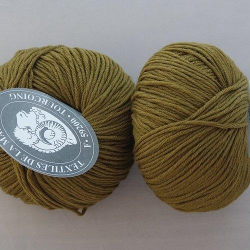 3 pelotes  laine mérinos et cachemire vert bronze 504 textiles de la marque