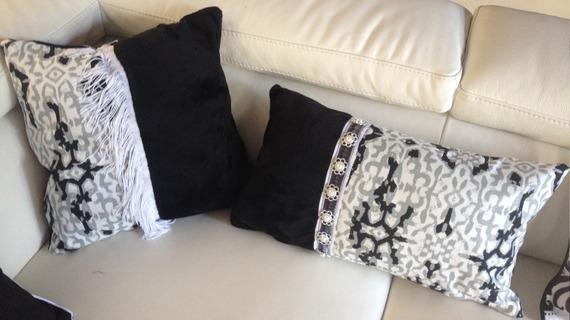 coussin blanc et noir tissu coton et minky