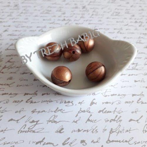 Perle ronde 15 mm silicone pour bébé cuivre nacre