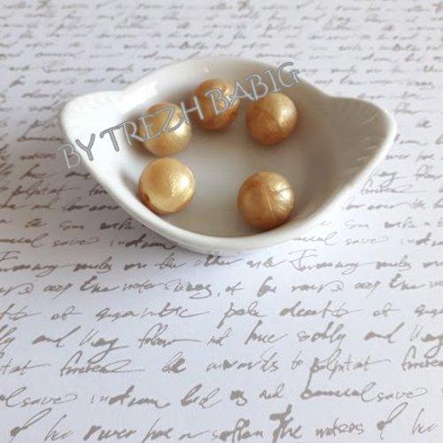 Perle ronde 15 mm silicone pour bébé or nacre