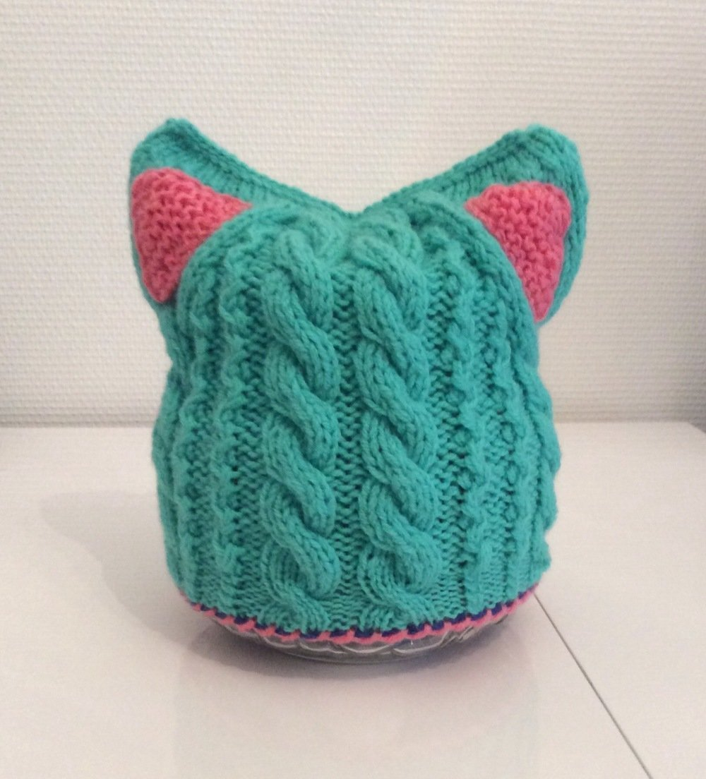Bonnet  Fantasia en tricot de acrylique