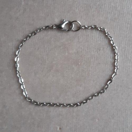1 bracelet 18 cm argenté foncé