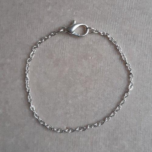 1 bracelet 18 cm chaine striée