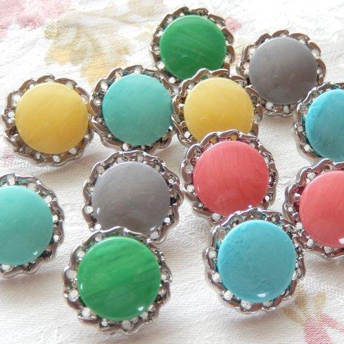 12 jolis petits boutons fantaisie colorés 15 mm à queue, assortiment boutons couture pour coeur de fleur au crochet ou tricot