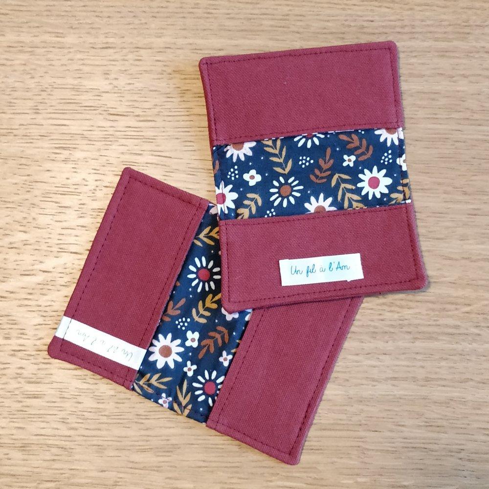 Porte carte ; rouge brique et doublure à fleurs