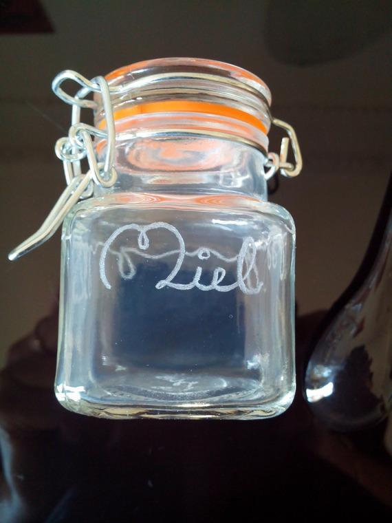 Petit pot en verre avec fermeture en métal de 7.5 cm personnalisation offerte - Gravure miel