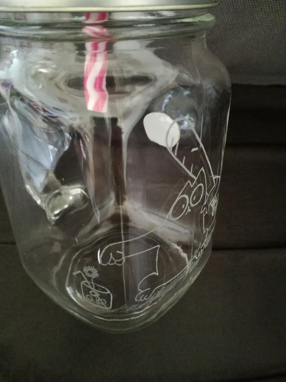Mason Jar de 450 ml avec anse et paille - Gravure du célèbre chat (affamé) assoifé