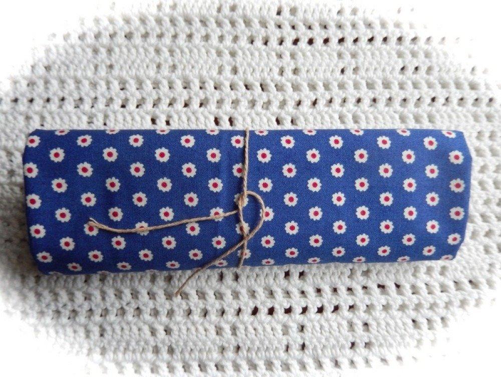 Coupon de tissu motif fleurs 48 x 50 cm
