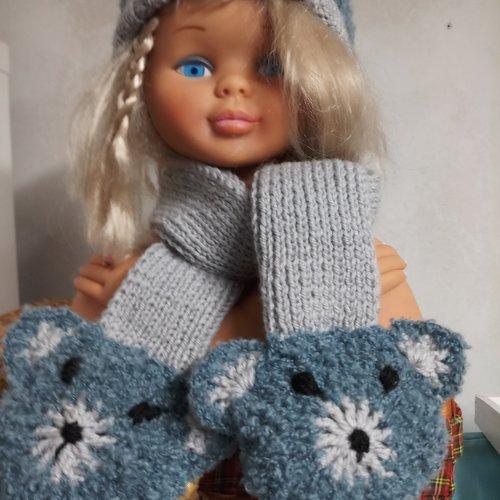 Bonnet et écharpe bébé 12-18 mois tricoté main avec motif tête d'ours