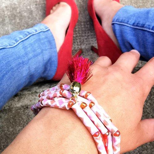 Bijoux, bracelet en perles et papier recyclé, rose
